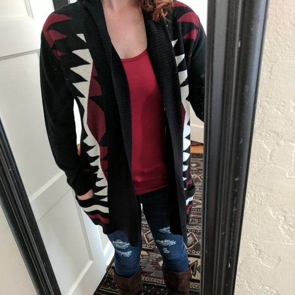 Sweaters - Black red and white cardigan
